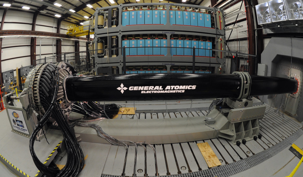 The second of two Office of Naval Research (ONR) Electromagnetic (EM) Railgun industry prototype launchers is being evaluated at the Naval Surface Warfare Center, Dahlgren Division