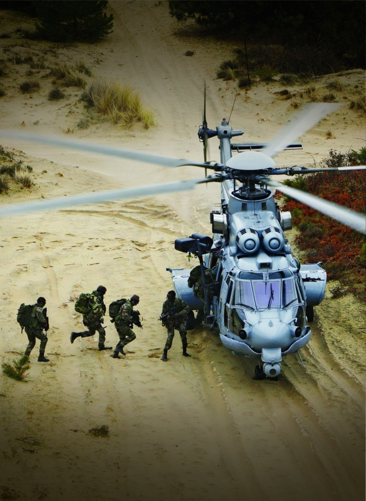 Its large cabin and heavy-lift performance enables the rotorcraft to carry up to 29 troops/personnel in cabin seats, or up to 20 troops/personnel on energy-absorbing wall-mounted seats