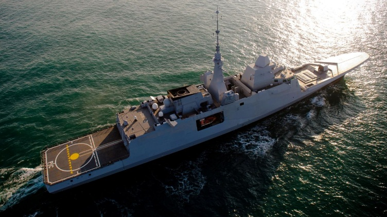 Provence 's broader weapons and equipment fit includes: the Thales HERAKLES multifunction radar and ARTEMIS panoramic surveillance system; the Terma Scanter 2001 navigation and surveillance radars; Thales' UMS 4110 CL and CAPTAS 4 hull-mounted and towed sonar systems; the DCNS SETIS combat management system; Sagem's Vigy MM fire-control system; Thales' SIC 21 command-and-control information system; 16 Aster 15 surface-to-air missiles, 16 Missile de Croisiere Naval (MdCN) long-range cruise missiles, and eight Exocet MM 40 Block 3 anti-ship missiles, all from MBDA; Oto Melara's 76/62 Super Rapid gun; 19 Eurotorp MU90 lightweight torpedoes; Sagem's NGDS decoy launchers; and Thales Surfsat-L SATCOM terminals