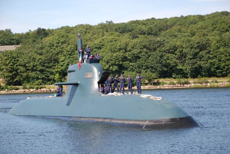 It is a sister-ship of Sciré, the second Todaro-class submarine (USN photo)
