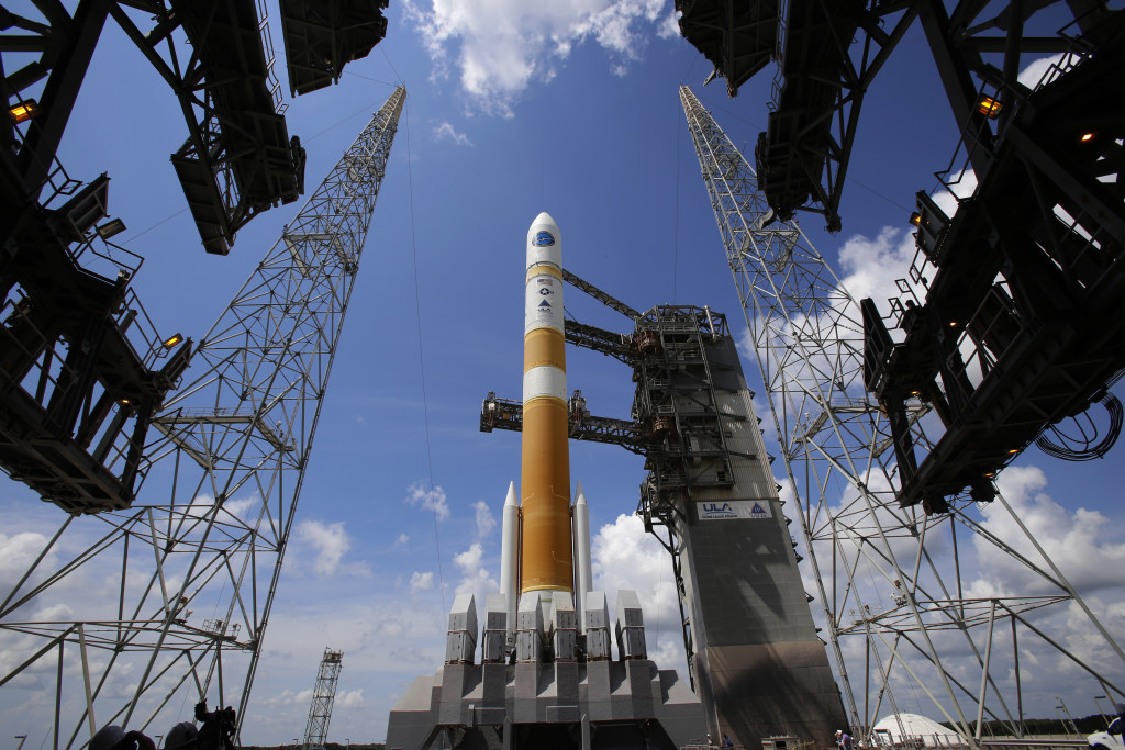 In preparation for launch from Space Complex-37, the Mobile Service Tower or MST is rolled back from the ULA Delta IV rocket carrying the WGS-7 mission for the U.S. Air Force