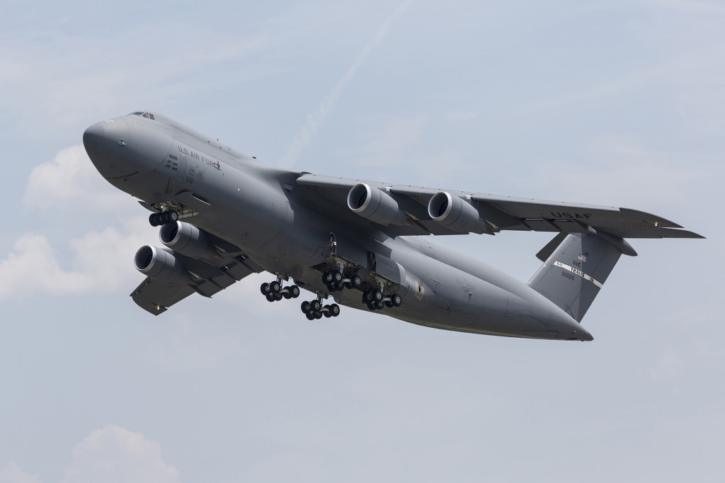 The latest Lockheed Martin C-5M Super Galaxy takes off on its delivery flight on August 5, 2015 (Lockheed Martin photo by Damien Guarnieri)