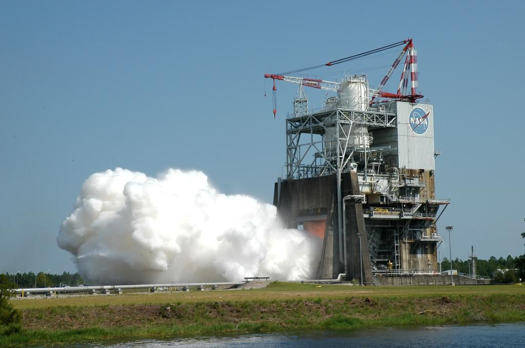 NASA conducted a developmental test firing of the RS-25 rocket engine, on August 13 at the agency's Stennis Space Center in Mississippi