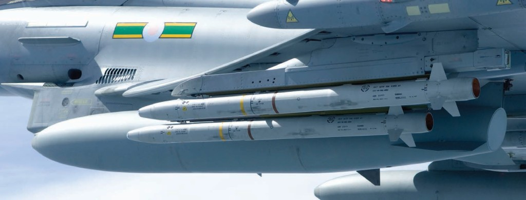 The RAAF has demonstrated successful «over the shoulder» firing in LOAL mode against target drones that were behind the wing-line of the launch aircraft
