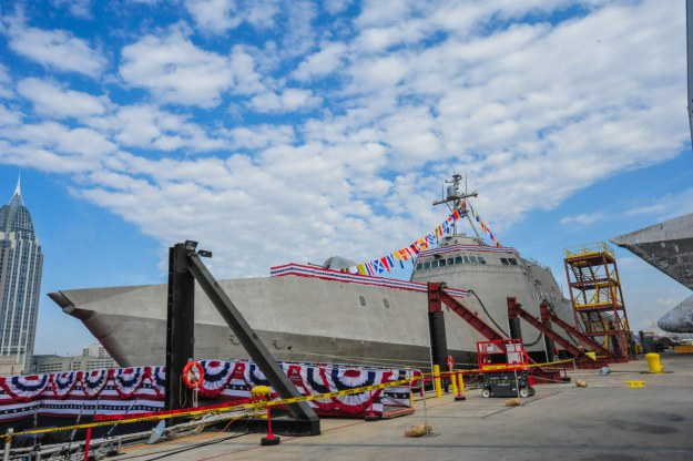 USS Jackson (LCS-6) during its christening ceremony at Austal USA shipyard in Mobile, Alabama in 2014 (U.S. Navy Photo)
