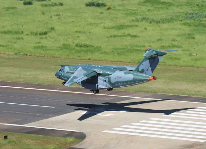 Since resuming its flight test program in October 2015, after a long suspension due to Brazilian government budget restrictions, Embraer's new KC-390 transport/tanker aircraft has logged over 100 flight hours (Embraer photo)