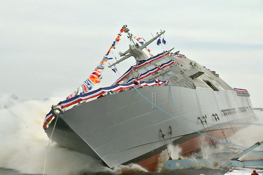 The Lockheed Martin-led industry team launched the nation's 11th LCS, Sioux City, into the Menominee River at the FMM shipyard