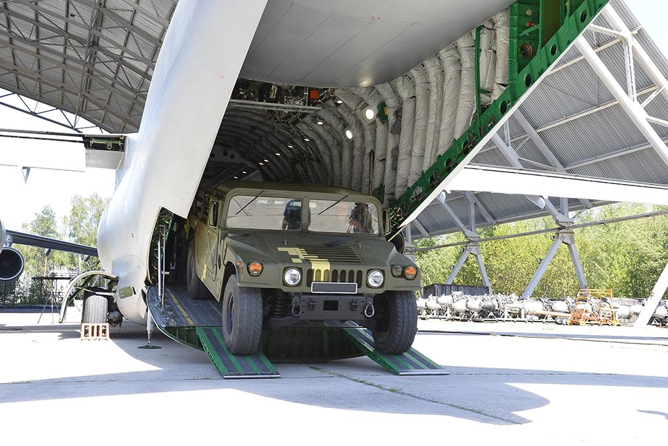 The AN-178 is able to carry up to 18 tonnes of cargo, including large-sized 1C containers