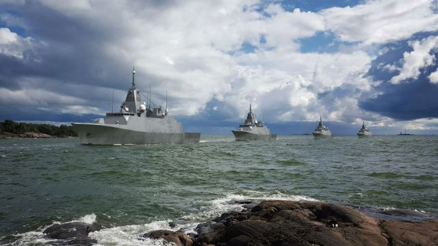All four sisters moving in column in their home waters (Source: Finnish Defence Forces / Insinööriupseeriliitto)