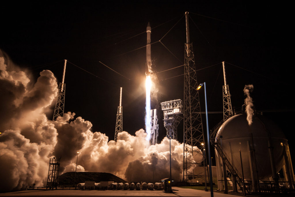 An Atlas V rocket lifts off carrying the Air Force's third Space-Based Infrared System (SBIRS) satellite