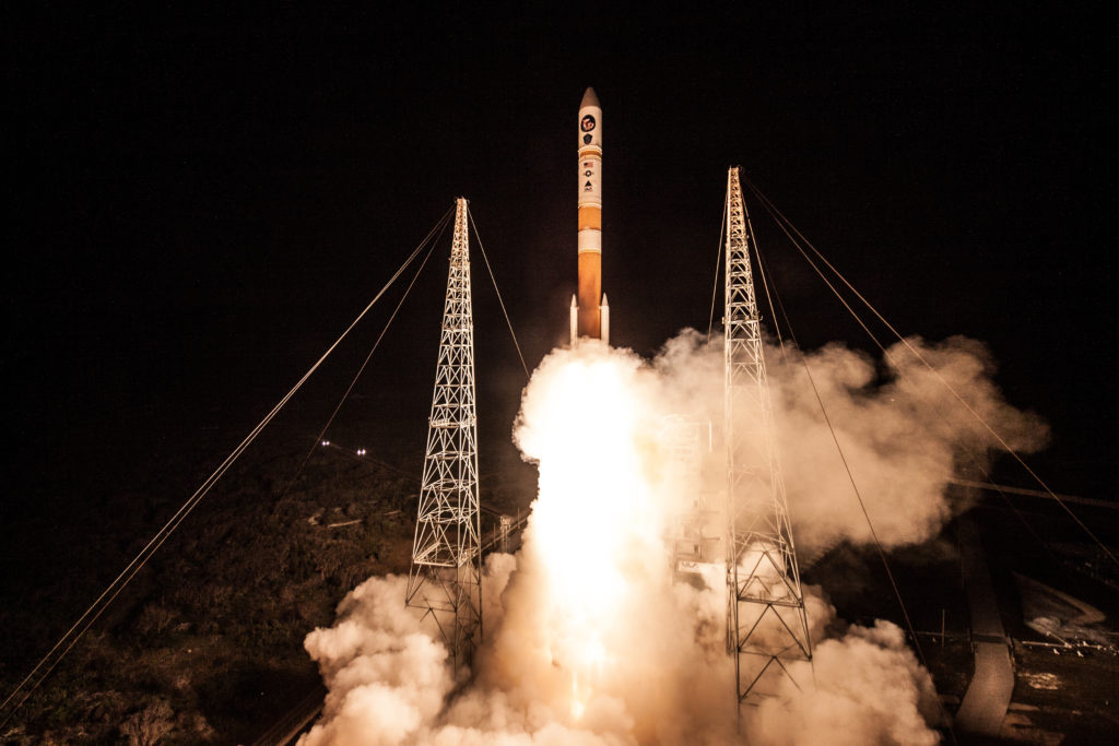 A Delta IV rocket lifts off from Space Launch Complex-37 with the Air Force's ninth Wideband Global SATCOM satellite
