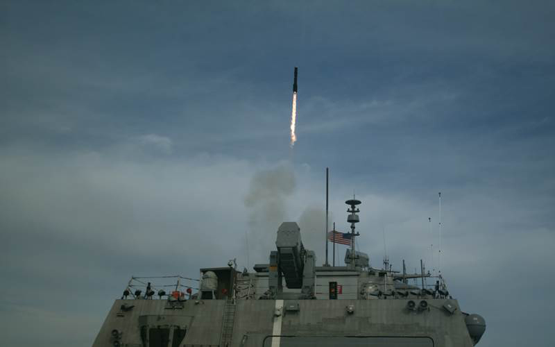 The littoral combat ship USS Detroit (LCS-7) launches a Longbow Hellfire Missile during structural test firing (STF) off the coast of Norfolk, Virginia. STF is part of the developmental test program for the Surface to Surface Missile Module (U.S. Navy photo/Released)