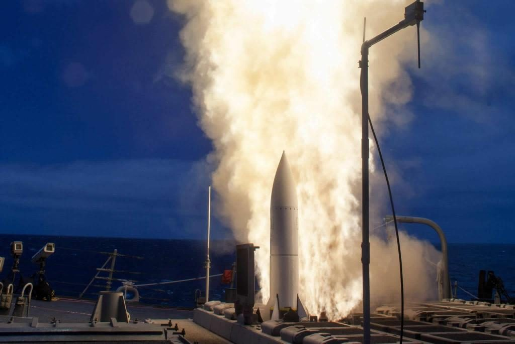 A medium-range ballistic missile target is launched from the Pacific Missile Range Facility on Kauai, Hawaii, during Flight Test Standard Missile-27 Event 2 (FTM-27 E2) on August 29 (HST). The target was successfully intercepted by SM-6 missiles fired from the USS John Paul Jones (DDG-53)