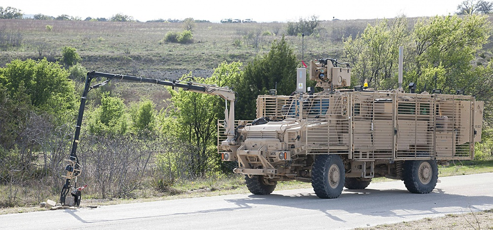 A new Multi-Functional Video Display for the Medium Mine Protected Vehicle Type II is currently being tested by Soldiers from the 509th Engineer Company at Fort Leonard Wood (Photo Credit: Clay Beach, Operational Test Command Visual Information)